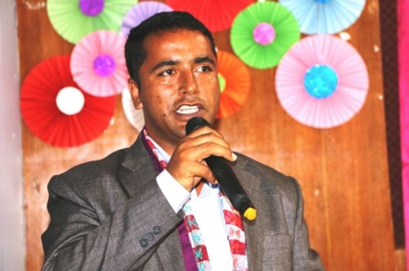 प्रदेश नम्बर ३ का सामाजिक विकासमन्त्री युवराज दुलाल