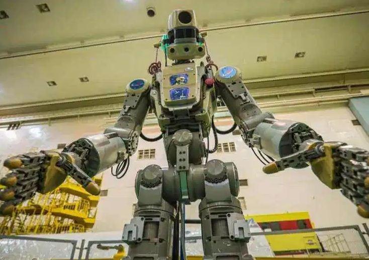 फेदोर नामको रोबोट सफलतापूर्वक अन्तरिक्ष केन्द्रमा